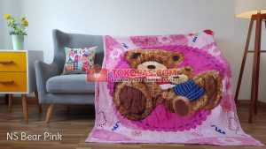 Selimut Bulu Lembut New Seasons Bear Pink