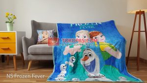 Selimut Bulu Lembut New Seasons Frozen Fever