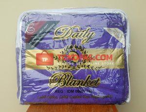 Selimut Polos Daily Blanket Bulu Lembut - Kemasan