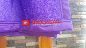 Selimut Polos Daily Blanket Bulu Lembut - List Pinggir