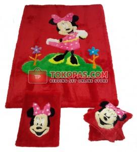 Karpet Rasfur Minnie Garden Dasar Merah