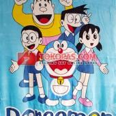 Selimut Doraemon Family