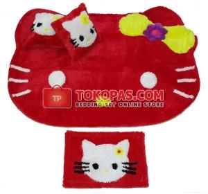 Karpet Bulu Rasfur / Boneka Bulu Kepala HK. Merah Pita Kuning Set