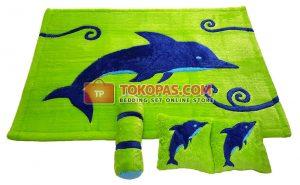 Karpet Karakter Rasfur Dolphin Dasar Hijau Midori