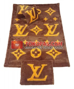 Karpet Bulu Rasfur / Bulu Boneka LV Coklat Muda Set