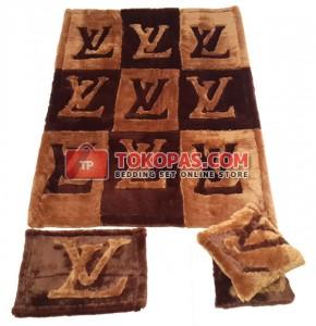 Karpet Rasfur LV Kotak Dasar Coklat Tua