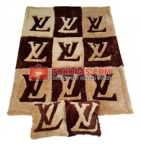 Karpet Rasfur LV Kotak Dasar Coklat Tua Kombinasi L Brown