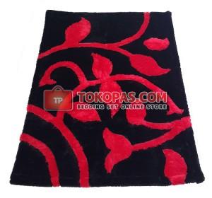 Karpet Rasfur / Bulu Boneka Bunga Rambat Merah Dasar Hitam