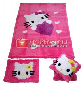 Karpet Rasfur Hello Kitty Love