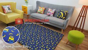 Karpet Katun Minion Banana Biru